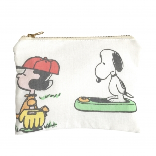 CHARACTER POUCH
